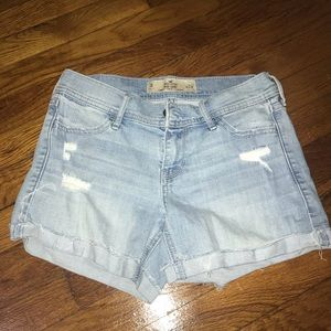 Hollister Mid Rise shorts